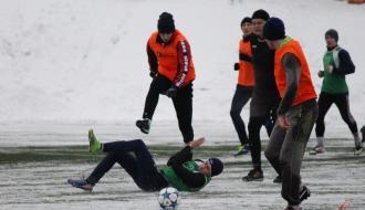 """Футбол. """"Подолье"""" сыграло первые товарищеские матчи в этом году (ФОТО+ВИДЕО)"""