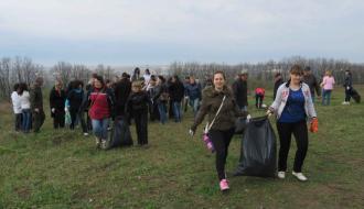 Хмельничан призывают убрать территории возле частных домов