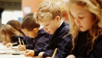 Хмельничане могут предложить изменения учебных программ для учеников 5-9 классов
