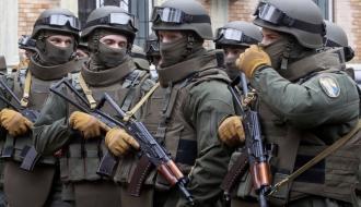 Хмельницкие работники СБУ обнаружили большой тайник боеприпасов в зоне АТО