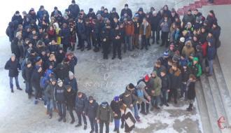 Хмельницкие студенты присоединились к флешмобу в поддержку детей-инвалидов и молодежи