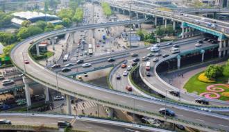 Китай потратит $377 млрд на дороги в 2017 году