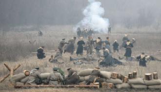 На территории Меджибожской крепости воссоздадут бой под Крутами