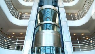Почти 2 тысячи лифтов заменят в Подмосковье в 2018 году