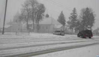 Водителей Хмельницкой области предупреждают о гололедице и снежных заносов 7-8 февраля