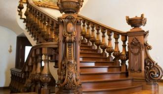 Дуб – идеальный вариант для возведения лестниц