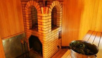 Строительство бани: печь красна кирпичом