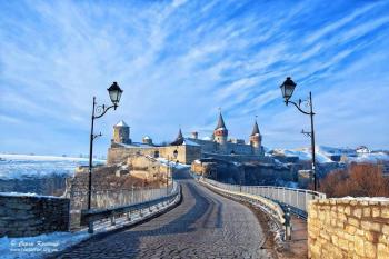 Более 200 тысяч гривен заработал за месяц замковый мост в Каменце-Подольском
