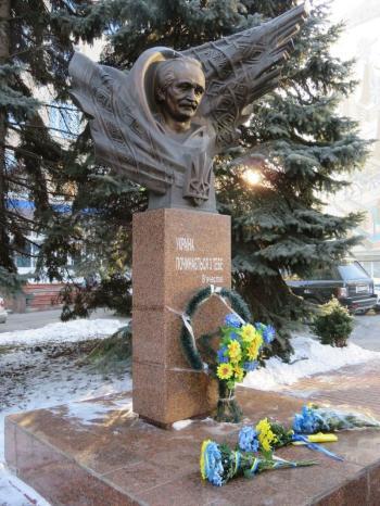 Хмельничане почтили память Вячеслава Чорновила