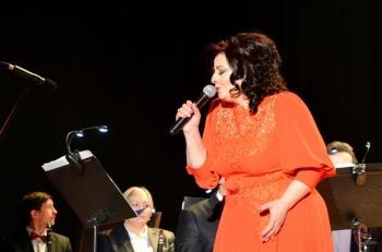 Известная хмельницкая певица удивляла поклонников образами, репертуаром и исполнением