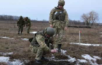 Канадские военные инструкторы сертифицировали в Каменце еще 7 сержантов-саперов