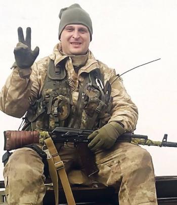 Капитан со Староконстантинова, который получил тяжелое ранение на Луганщине, теперь работает заместителем госпиталя