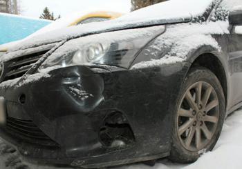На выезде из Хмельницкого иномарка насмерть сбила 34-летнего мужчину