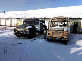 Неизвестные подожгли грузовик в Каменке
