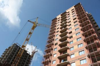 Около 1,5 трлн руб. ежегодно вкладывается в долевое строительство в РФ
