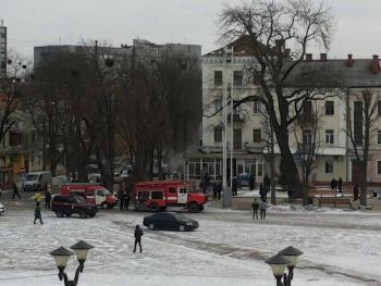 В Хмельницком на главной площади города горело кафе (ФОТО, ВИДЕО, ОБНОВЛЕНО)