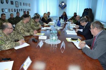 В Каменце представители Агентства НАТО учат обезвреживать взрывчатку