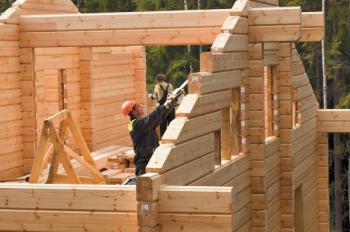 В РФ намерены развивать деревянное домостроение