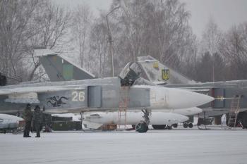 В Староконстантинове провели военные учения бомбардировочной авиации