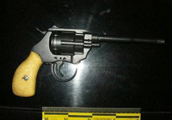 В областном центре задержали мужчину с револьвером и патронами разного калибра