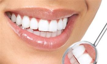 Что делать при повреждении переднего зуба