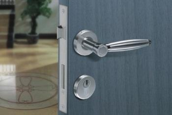 Советы по выбору дверной фурнитуры