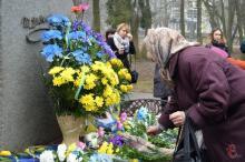 День рождения Шевченко в Хмельницком отметили с цветами и оркестром