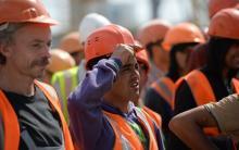 Правительство РФ намерено сократить число мигрантов в строительстве