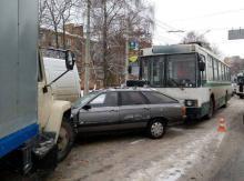 В Хмельницком из-за невнимательности водителей произошло несколько аварий